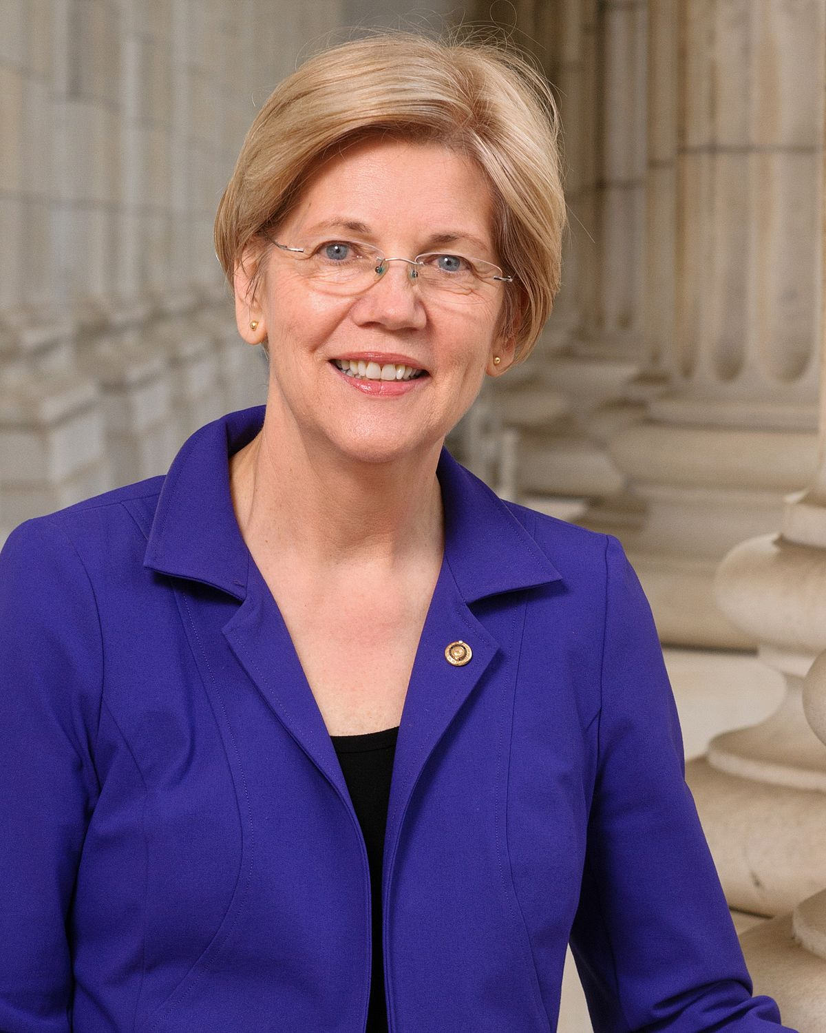 Warren Launches White House Bid Calling for 'Structural Change'