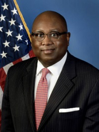 Hood Asks Congress to Allow CUs to Serve Underserved Areas; Offers Congress Update on CUs, NCUA